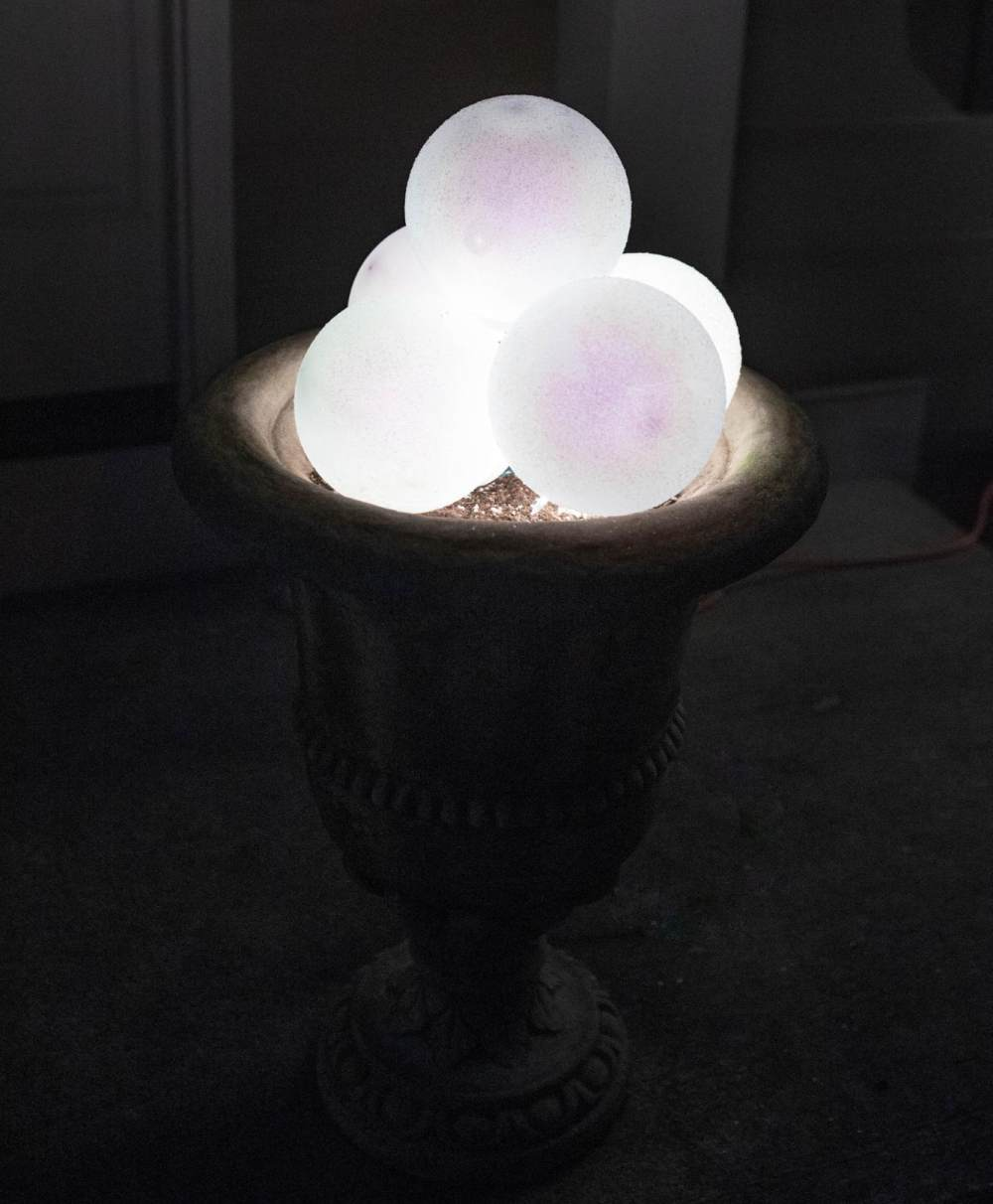 Build a Giant Lighted Snowball Decoration