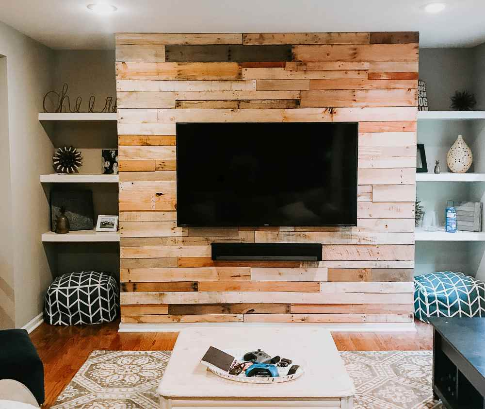 Build a Ship-lap Pallet Wall