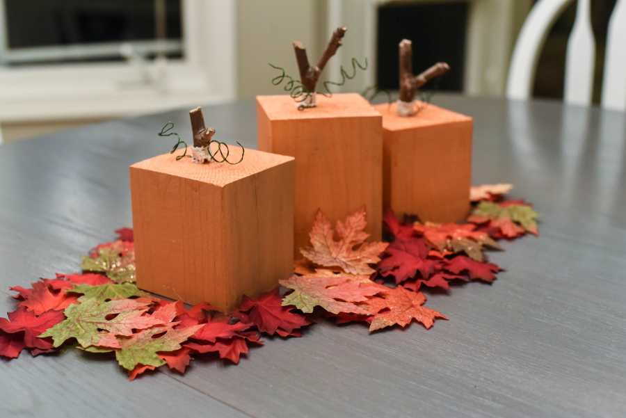 A Cute Thanksgiving Centerpiece