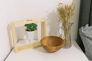 Photo: Make a Small Tabletop Hanging Planter