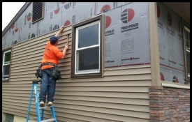 Photo: How to Choose Between Vinyl and Wood Siding