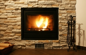Photo: How to Choose Between Gas and Wood Burning Fireplaces