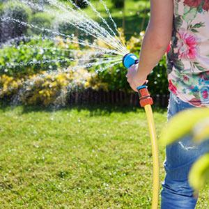 Garden Hoses & Sprinklers