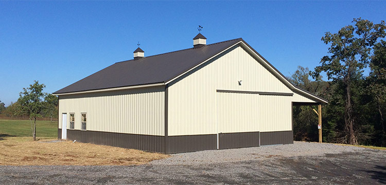 Deluxe Suburban Horse Barn Packages From Sutherlands