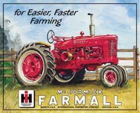 Nostalgic Images TD-825 Farmall Tractor Metal Sign