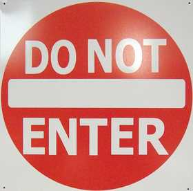 Nostalgic Images CG-746 Do Not Enter Metal Sign