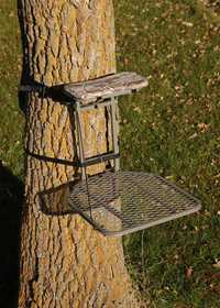 Sniper Treestands STFP10 The Eagle Treestand 20x24 in