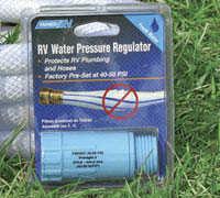Camco 40143 Water Pressure Regulator, Plastic 3/4 in
