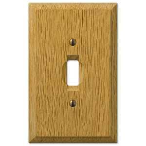 AmerTac 4025T Carson Light Oak Wood 1-Toggle Wallplate