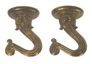 Westinghouse Lighting 7045100 Antique Brass Finish Swag Hook Set