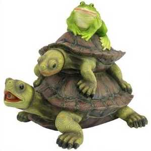 Design Toscano QM2854700 Along For The Ride Frog And Turtles Spitter Piped Statue
