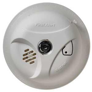 First Alert SA304CN3 Smoke Alarm With Escape Lights