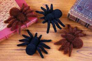 Fun World 91235 2 Fuzzy Spiders