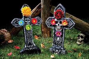 Fun World 91272 22 in Day of the Dead Gravestone Assortment