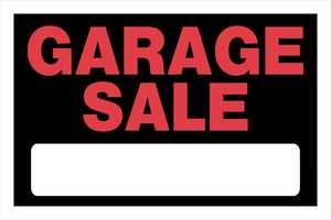 Hillman 839946 Garage Sale Sign 8x12