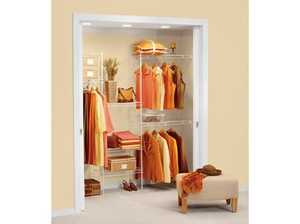 Rubbermaid 5138RM 5-Foot To 8-Foot Closet Kit