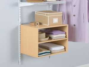 Rubbermaid 62318RM Rack Door/Wall 18 In 3tier