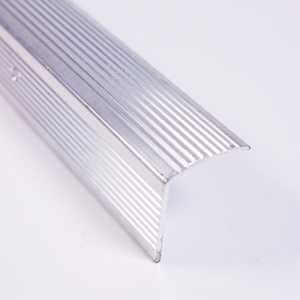 M-D Building Products 78022 Stair Edging Fluted 1-1/8 in X 1-1/8 in X 36 in