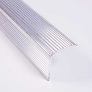 M-D Building Products 78105 Stair Edging Fluted 1-1/8 in X 1-1/8 in X 72 in