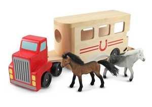 Melissa & Doug 4097 Horse Carrier Wooden Vehicles Play Set