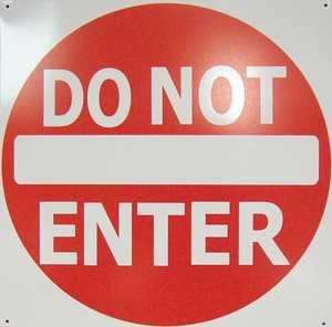 Nostalgic Images CG-746 Do Not Enter Metal Sign