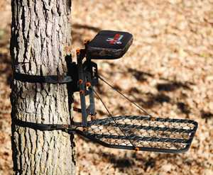 Big Game Tree Stands CR2100 Phoenix Fixed Position Tree Stand