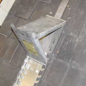 ACRO Building Systems 19600 Adjustable Galvanized Slater's Roof Bracket