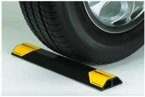 Innovative Products, Intl. IPI-102 Parking Target