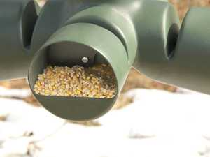 Redneck Hunting Blinds RD-FDR750GR 750lb Gravity Feeder With Stand