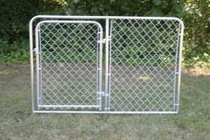STEPHENS PIPE & STEEL DKS20604 6 ft x 4 ft Silver Series Galvanized Steel Kennel Panel with Gate
