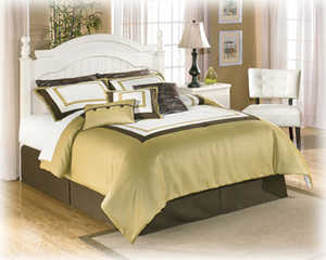 Signature Design By Ashley B213-57N Cottage Retreat - Cream Cottage Queen/Full Poster Headboard
