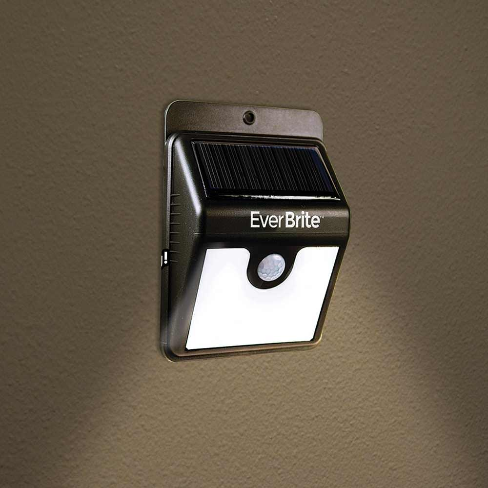 Ontel Brite Mc12 4 Everbrite Motion Activated Solar Power