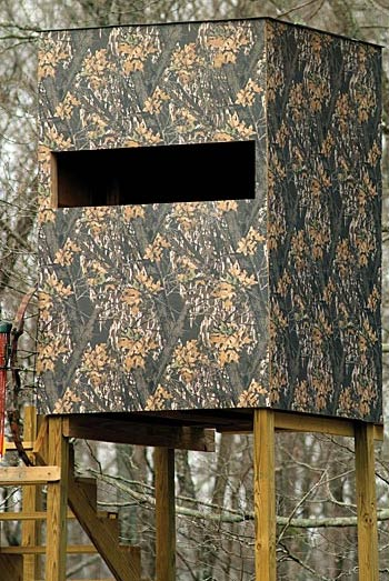 American Pacific Inc 4x8 1 4 Mossy Oak Camouflage Wall